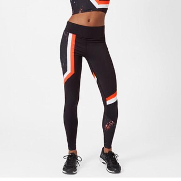 755b493b075616 Sweaty Betty Pants   Zero Gravity 78 Run Leggings   Poshmark